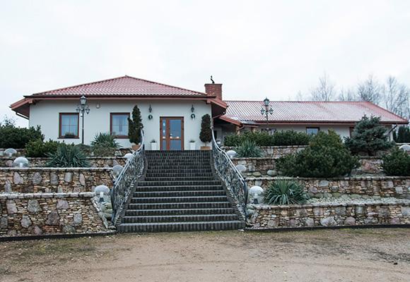 Fasada budynku zima 2017